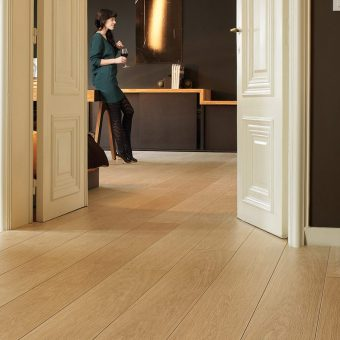 Quickstep Largo Natural Varnished Oak LPU1284