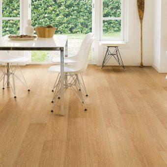 Quickstep Impressive Ultra Natural Varnished Oak