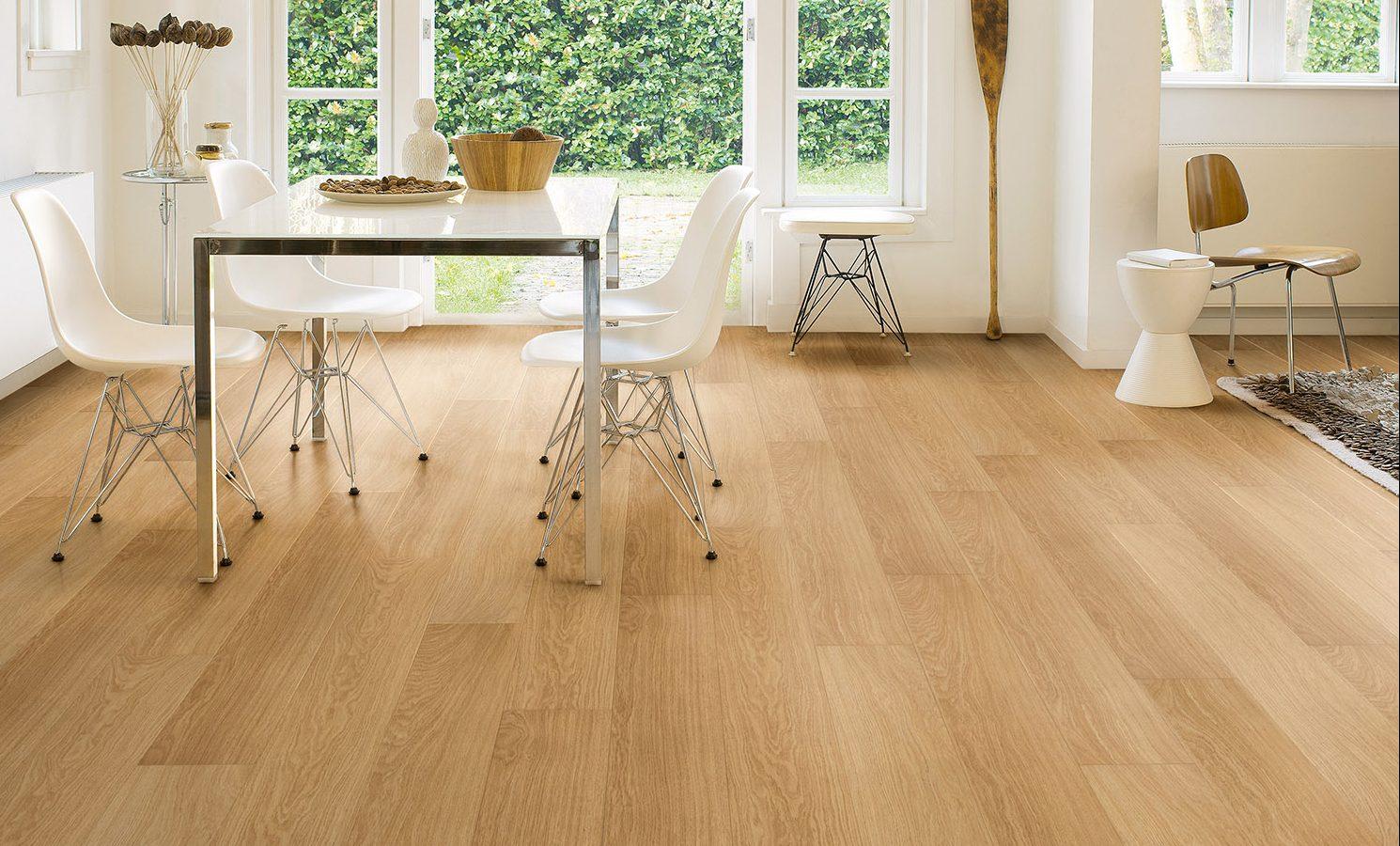 Quickstep Impressive Ultra Natural Varnished Oak Imu3106 Laminate Flooring