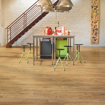 Quickstep Eligna Wide Reclaimed Chestnut Natural