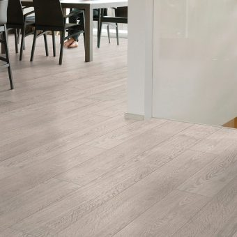 Quickstep Largo Light Rustic Oak LPU1396