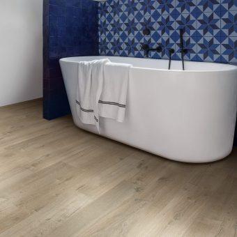 IMU3557 Quickstep Impressive Ultra Soft Oak Light Brown Laminate Flooring