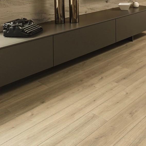 Kaindl 12mm Oak Evoke Trend K4421 Ri, Laminate Flooring Ri
