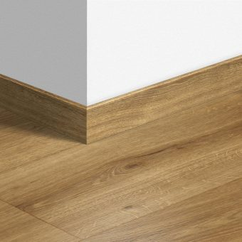Pencil round Skirting board