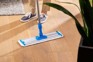 How to clean a laminate floor