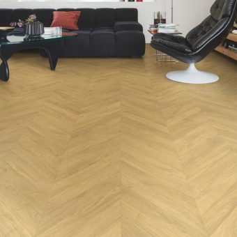 Quickstep Impressive Patterns Chevron Oak Natural IPA4161